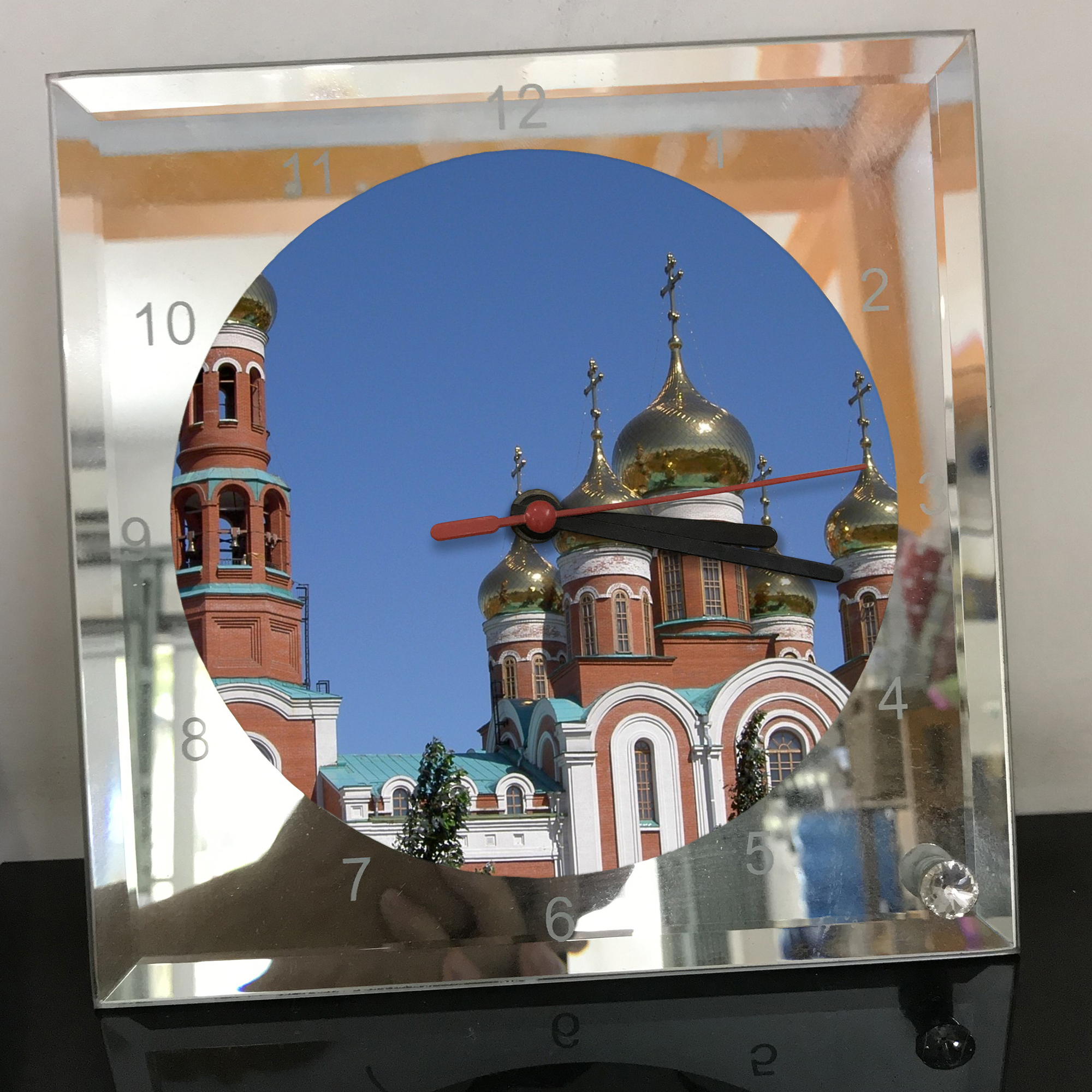 Đồng hồ thủy tinh vuông 20x20 in hình Church - nhà thờ (154) . Đồng hồ thủy tinh để bàn trang trí đẹp chủ đề tôn giáo