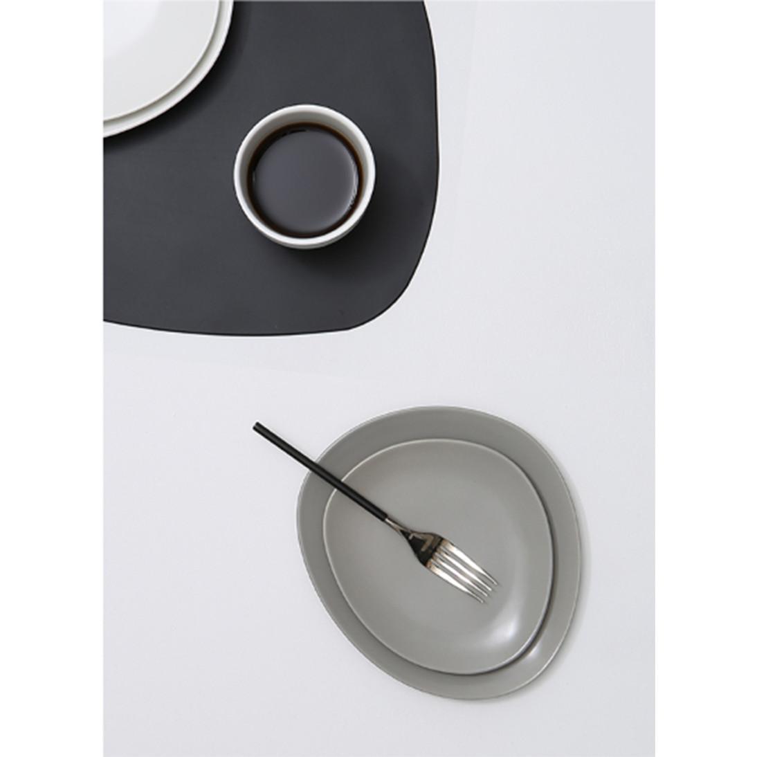 Đĩa tròn phong cách độc, lạ 18,5cm - Pebble - Erato - Hàng nhập khẩu