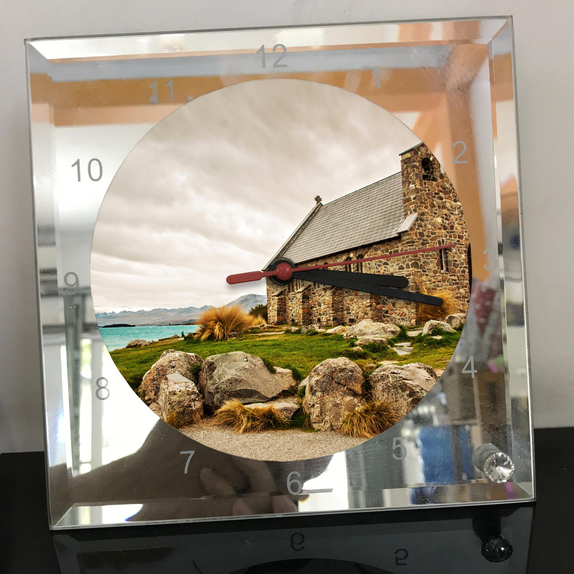 Đồng hồ thủy tinh vuông 20x20 in hình Church - nhà thờ (38) . Đồng hồ thủy tinh để bàn trang trí đẹp chủ đề tôn giáo