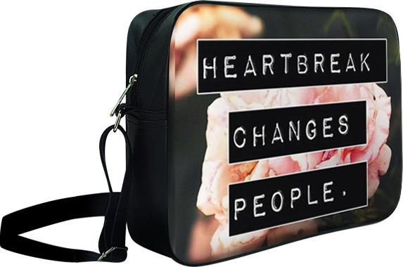 Túi Đeo Chéo Hộp Unisex Heartbreak Changes People - TCHO025 34 x 9 x 25 cm - 23220531 , 7242971855934 , 62_12008821 , 240000 , Tui-Deo-Cheo-Hop-Unisex-Heartbreak-Changes-People-TCHO025-34-x-9-x-25-cm-62_12008821 , tiki.vn , Túi Đeo Chéo Hộp Unisex Heartbreak Changes People - TCHO025 34 x 9 x 25 cm