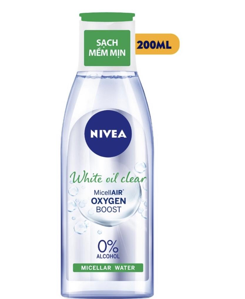 Bộ đôi làm sạch NIVEA White Oil Clear kiểm soát nhờn (Sửa rửa mặt 100G + Nước tẩy trang không cồn 200ml)