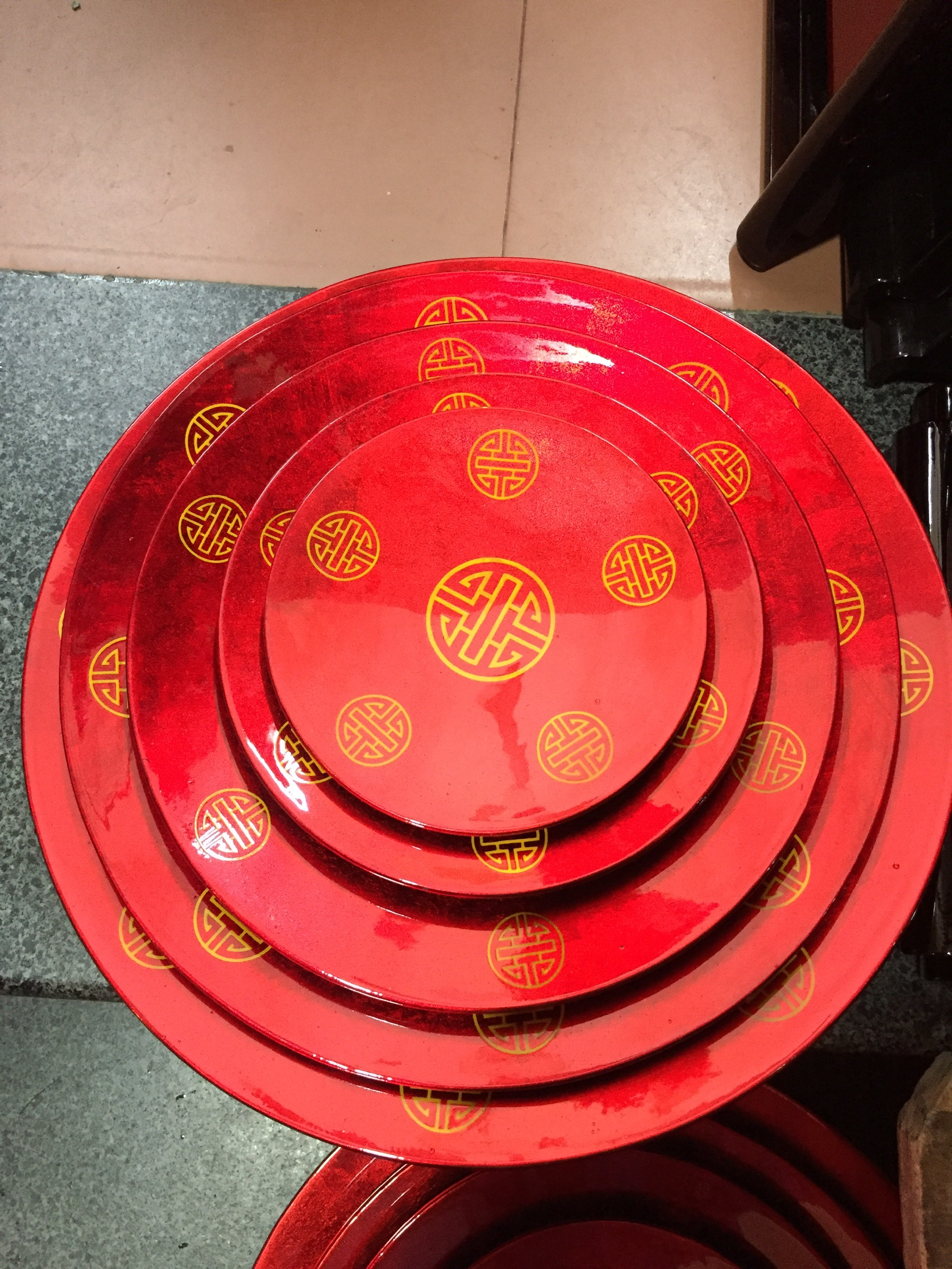 Bộ đĩa sơn mài bầy hoa quả in hình chữ thọ 5c