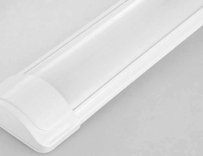 Bộ 10 đèn tuýp led bán nguyệt 60cm 20w