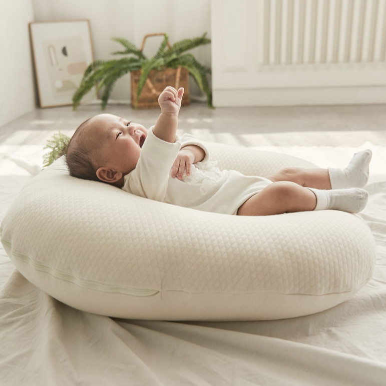 Gối chống trào ngược cho bé Rototo bebe cao cấp khắc phục tình trạng trào ngược dạ dày trẻ sơ sinh hiệu quả - Loại Cotton lụa mẫu mới nhất