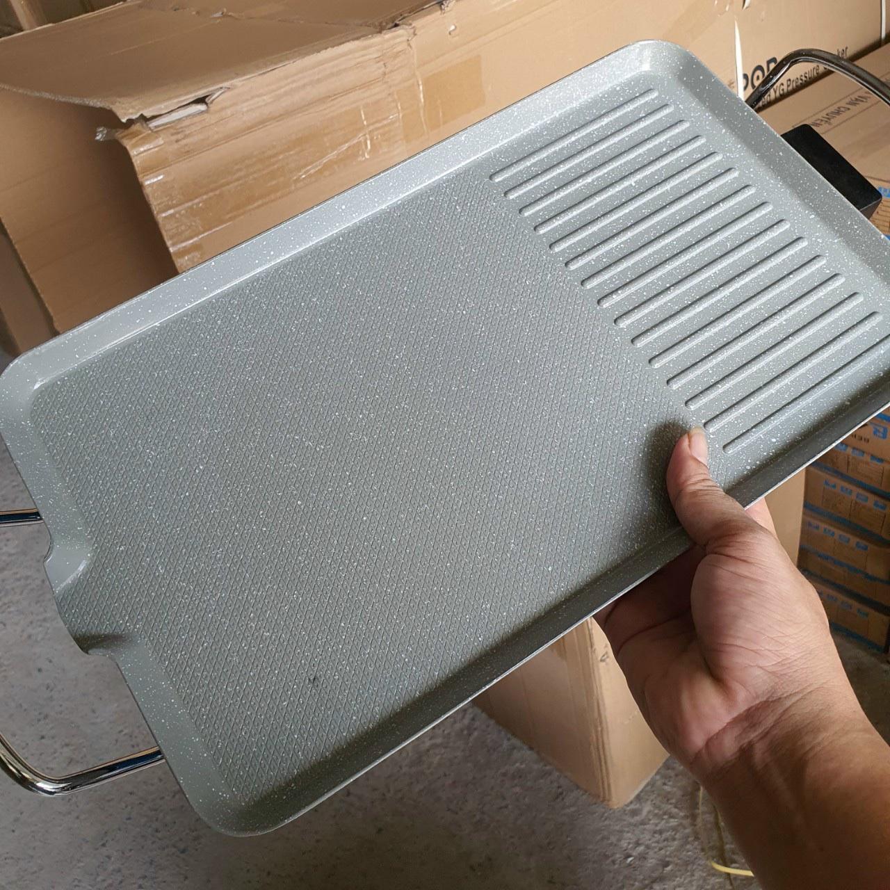 Bếp nướng điện không khói Fujika FJ-EG3515 men chống dính vân đá, công suất 1400W, màu ngẫu nhiên-hàng chính hãng