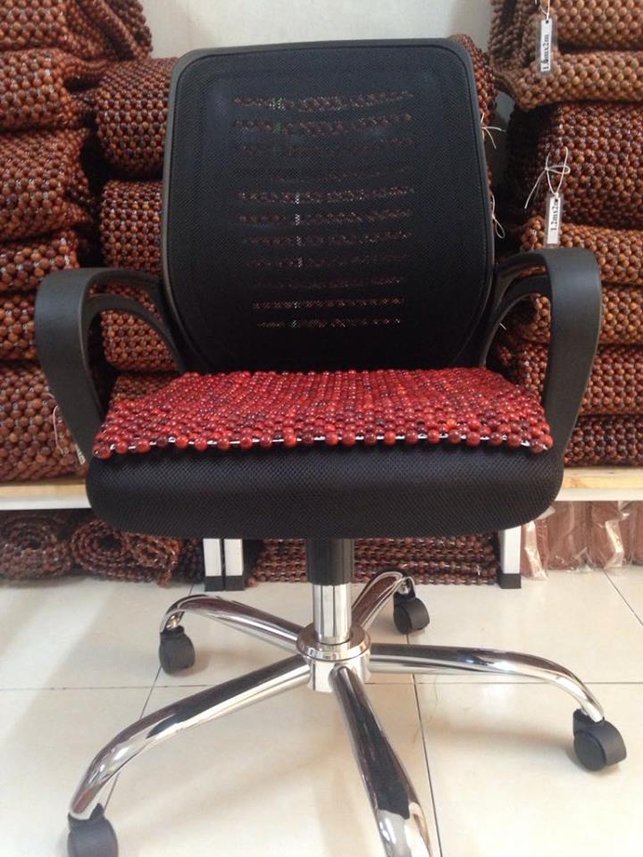 Đệm lót ghế văn phòng hạt gỗ nhãn 12ly (hình thật ) - Sản phẩm chăm sóc ghế văn phòng - Ghế xoay - Ghế giám đốc - Ghế văn phòng Hòa Phát
