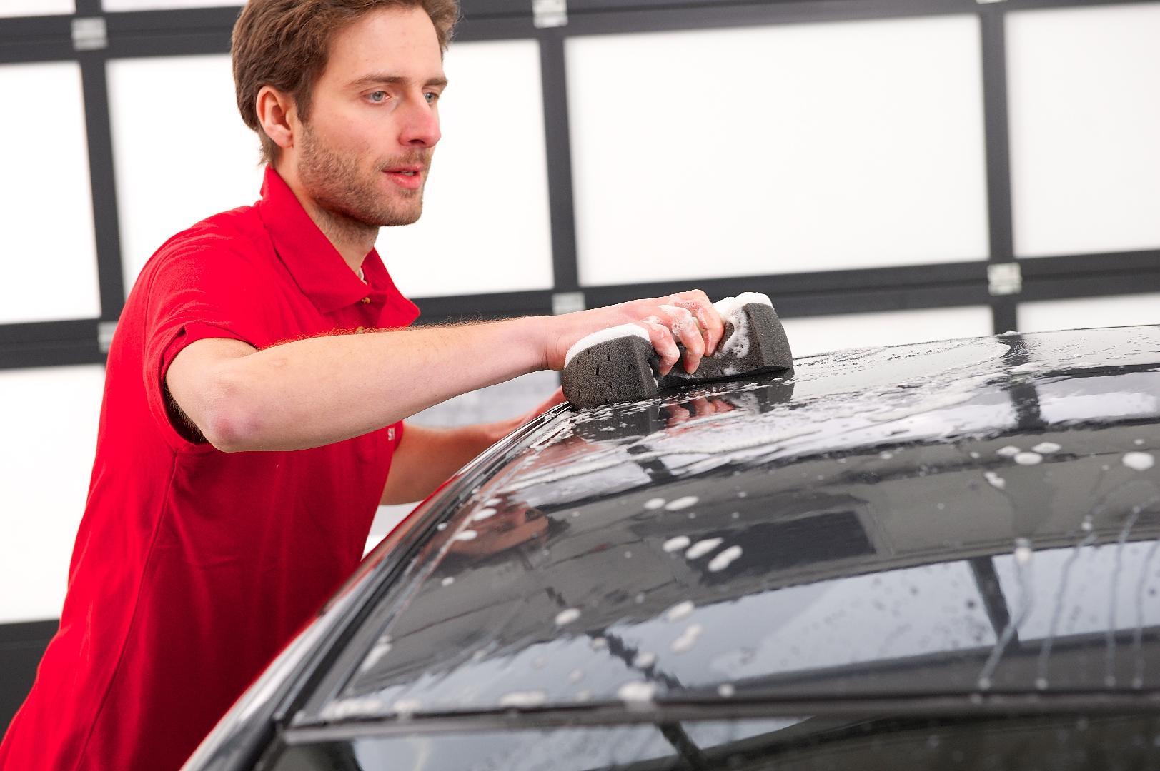 Nước rửa xe đậm đặc Sonax Gloss Shampoo 314300 1L