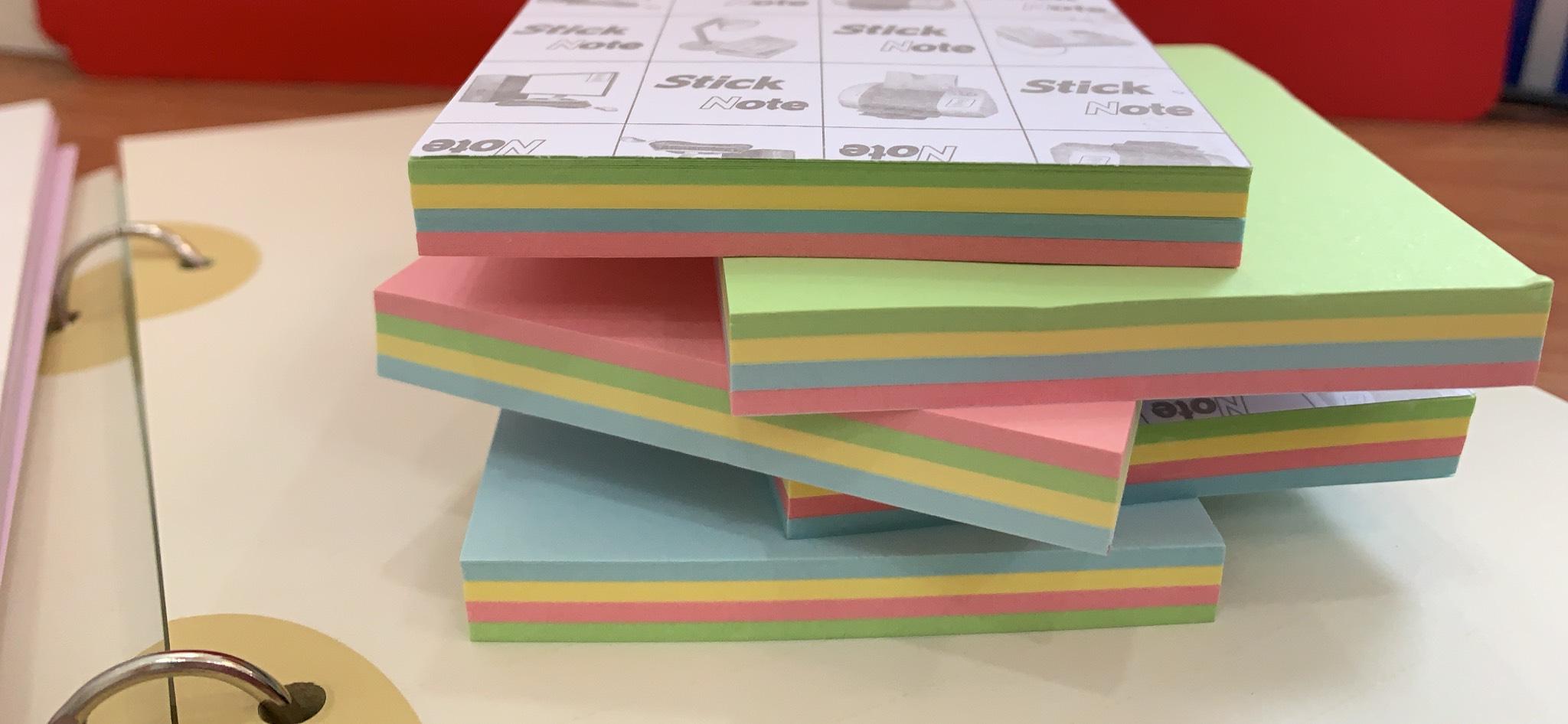 Giấy note 3x3 có keo 4 màu/xấp - Combo 5 xấp