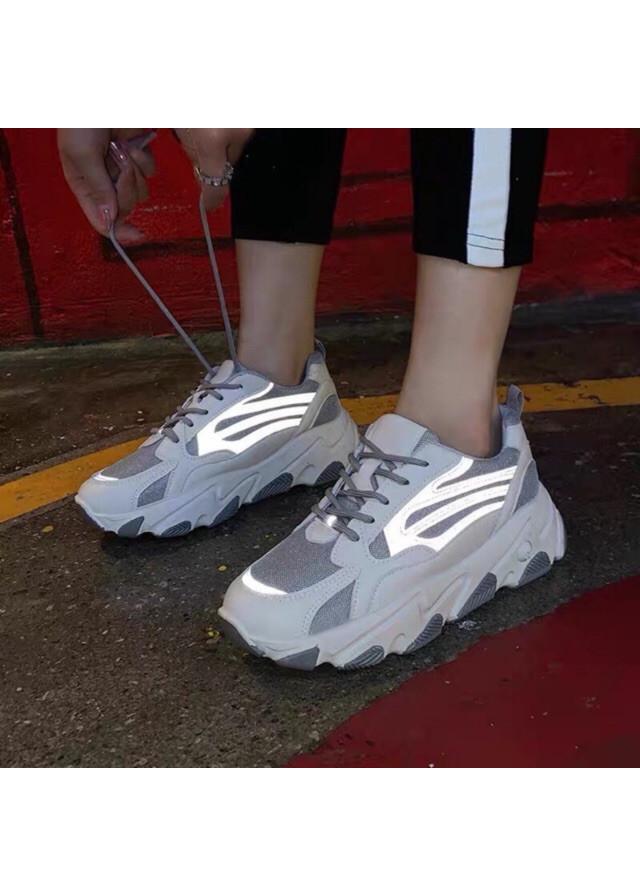 Giày thể thao nữ dây kẻ phản quang bản mới 2020