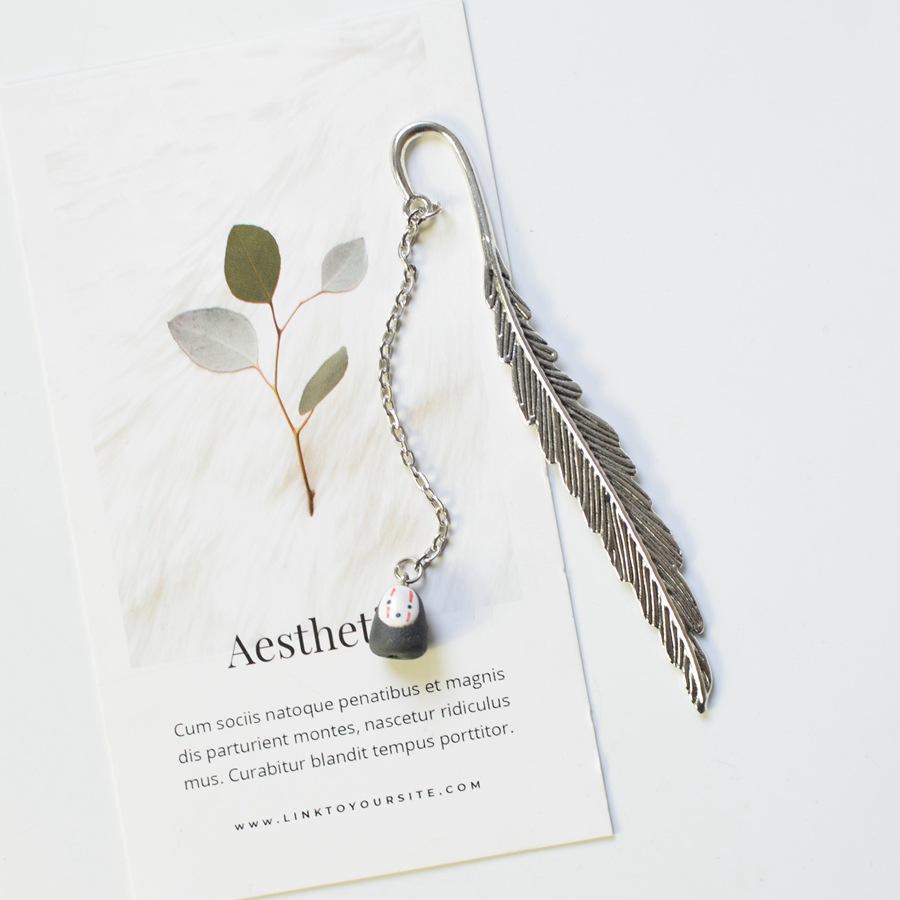 Bookmark Kẹp Sách Lông Vũ Kim Loại Phối Charm Vô Diện Quà Tặng Siêu Hot