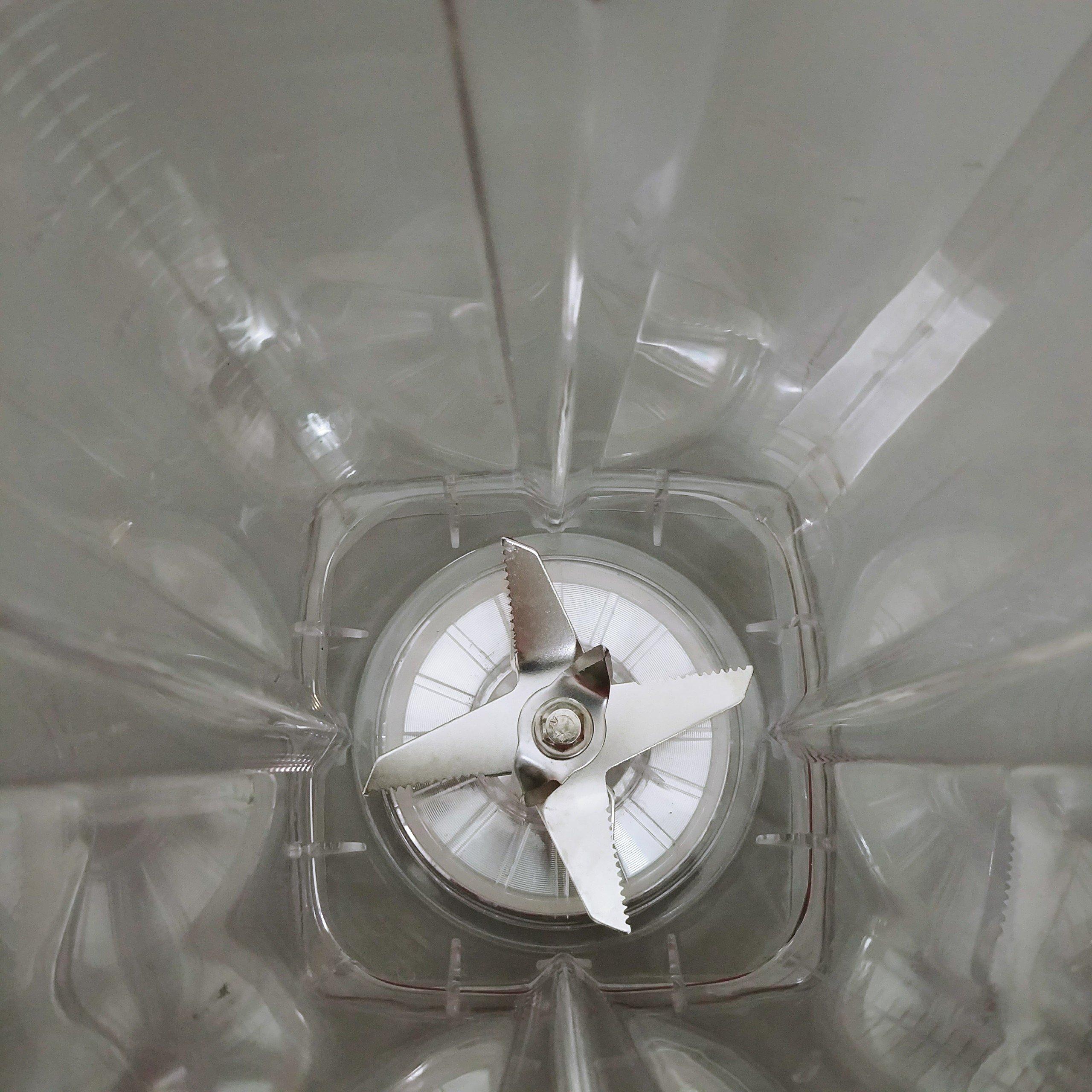 Máy xay sinh tố công nghiệp công suất 1500W, cối 2 lít, lưỡi dao 8 cánh