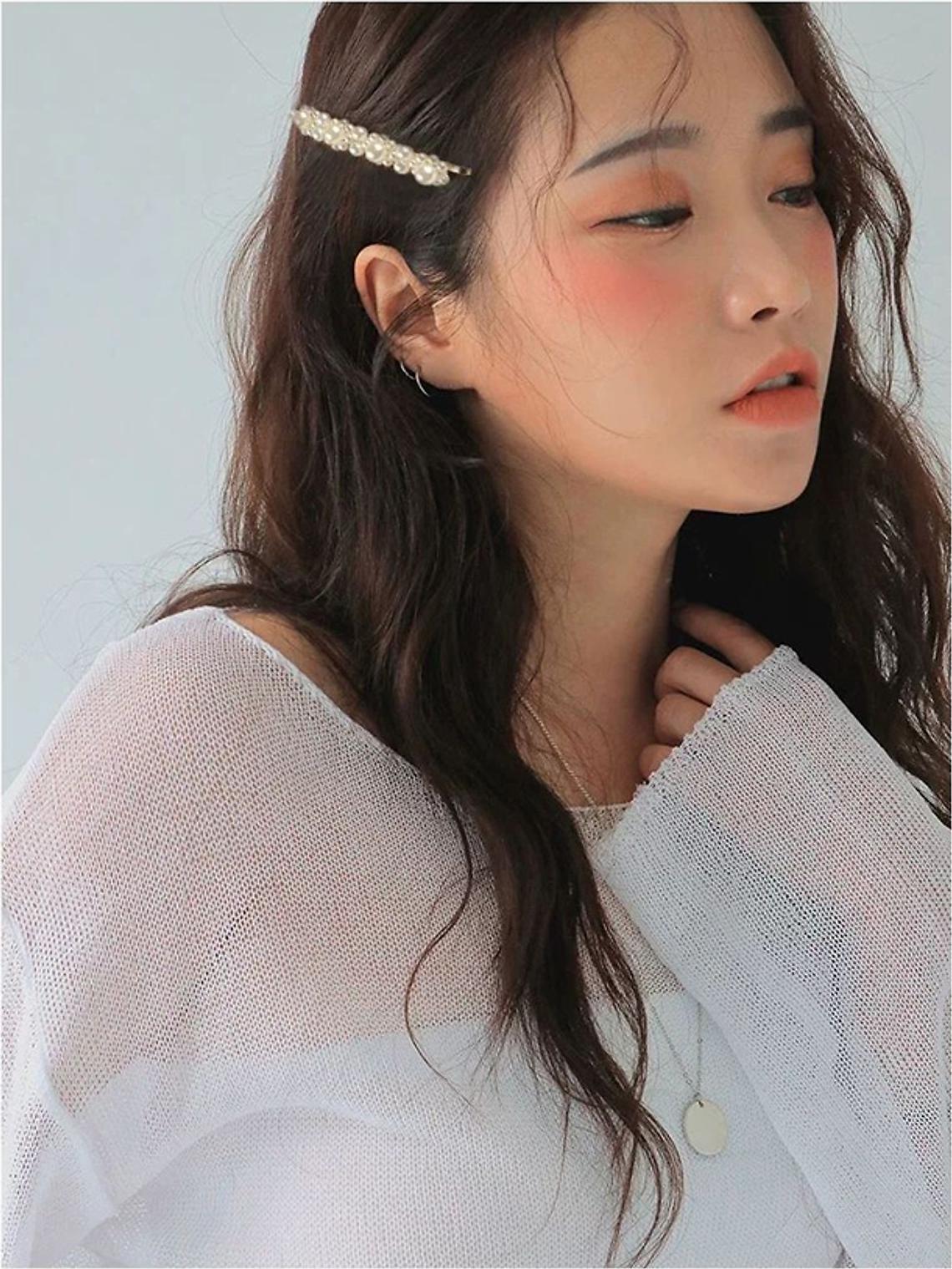 Combo kẹp tóc ngọc trai 4 món tặng mặt nạ Hàn Quốc
