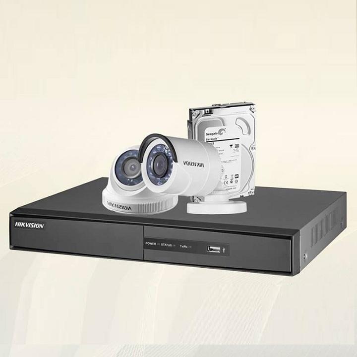 Trọn bộ 2 camera chính hãng Hikvision HD720P
