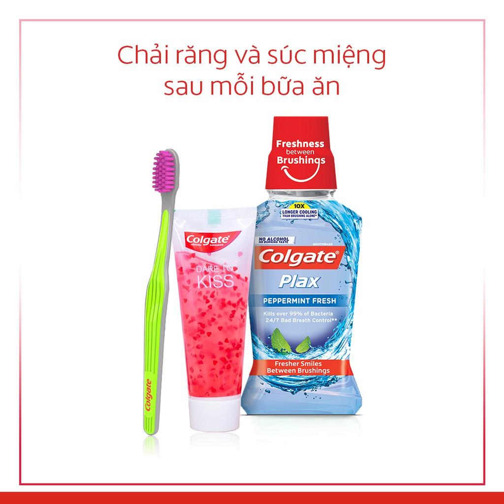 Combo 4 Bàn chải đánh răng Colgate Ultra Soft siêu mềm (Màu ngẫu nhiên)