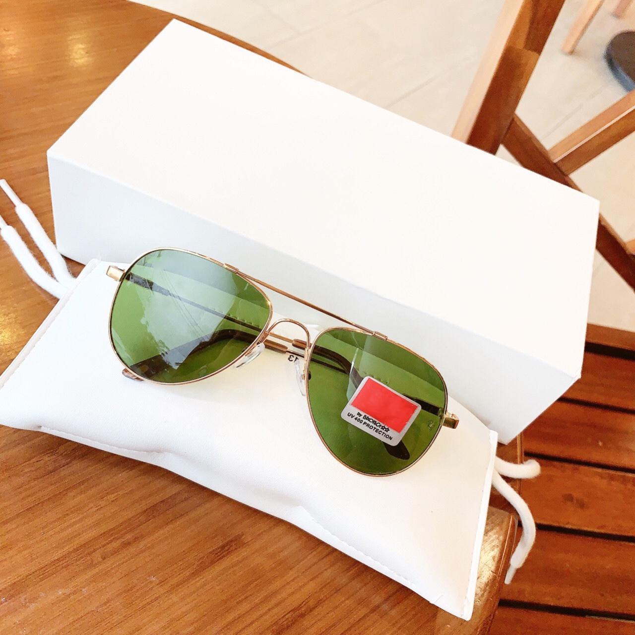 Mắt kính thời trang nam cao cấp , Gọng kính có thể bẻ cong, giúp kính hạn chế gãy, Tròng kính chống tia UV BDRBDEO
