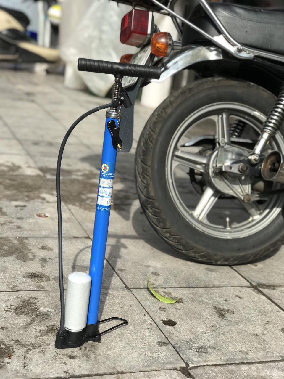 Bơm xe đạp xe máy chính hãng Cmart L0003