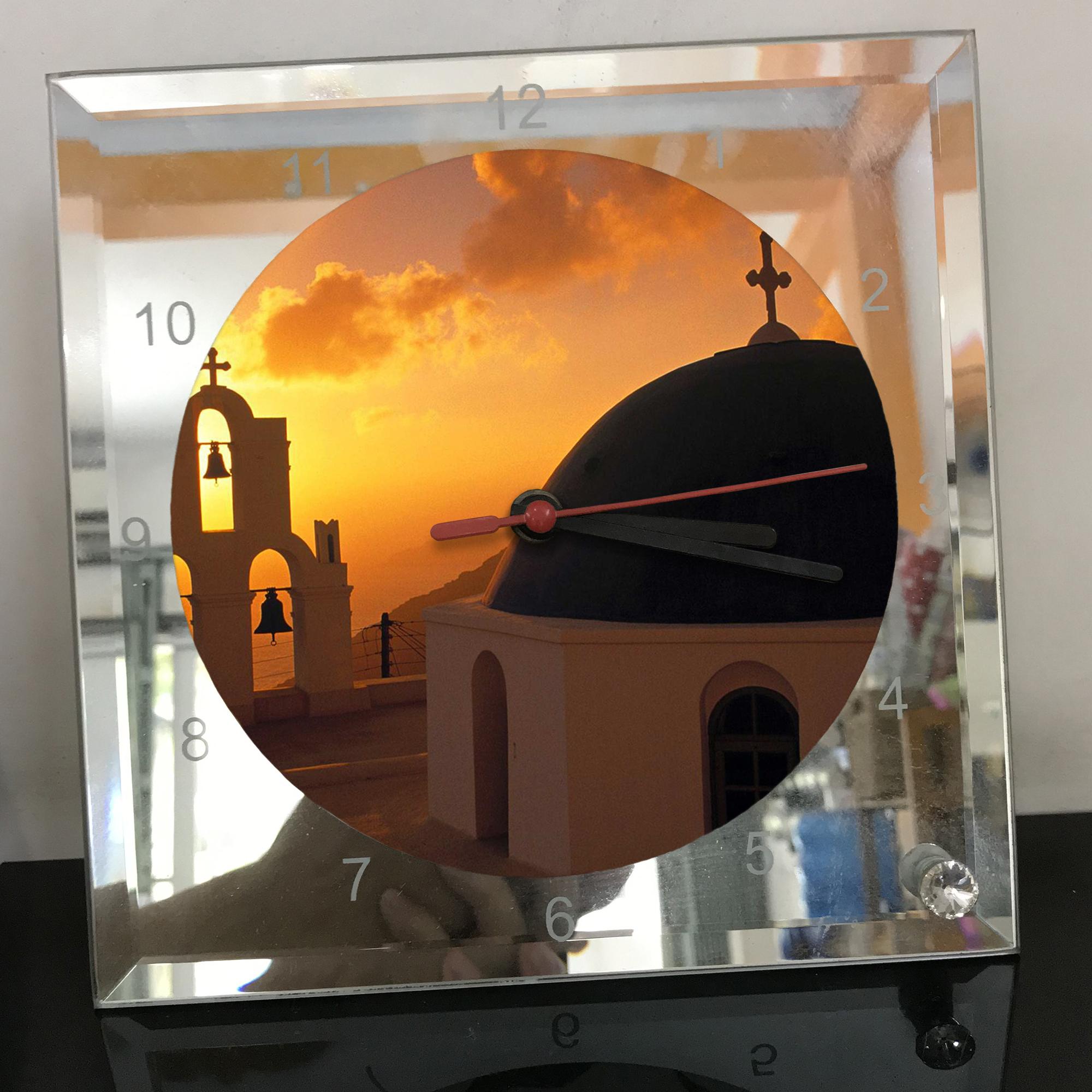Đồng hồ thủy tinh vuông 20x20 in hình Church - nhà thờ (26) . Đồng hồ thủy tinh để bàn trang trí đẹp chủ đề tôn giáo