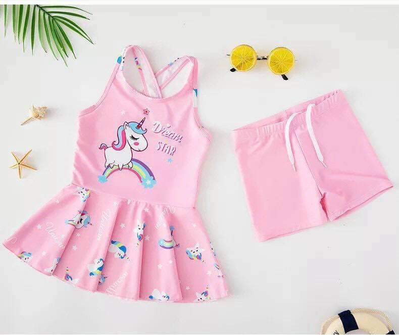 Bộ bơi ngựa hồng bé gái dây chéo vai kèm quần chống nắng size đại