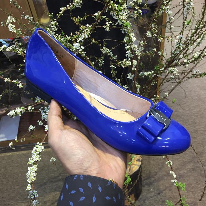Giày búp bê nữ đế bằng màu xanh bóng đỏ bóng mềm đính nơ khóa Salva thời trang