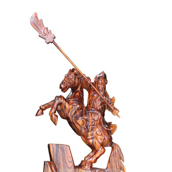Tượng Quan Công cưỡi ngựa gỗ xà cừ cao 70cm
