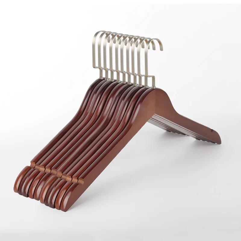 Móc Gỗ Nâu Treo Quần Áo Đầu Móc Dẹp KTN 44.5cm