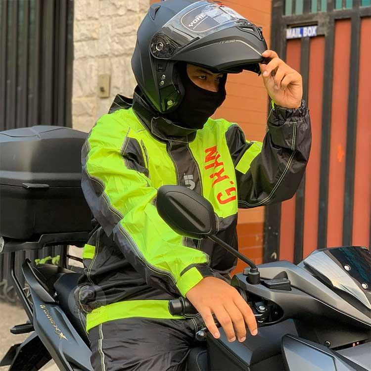 Bộ quần áo mưa givi GRA01 với chỉ số chống thấm 10.000mm
