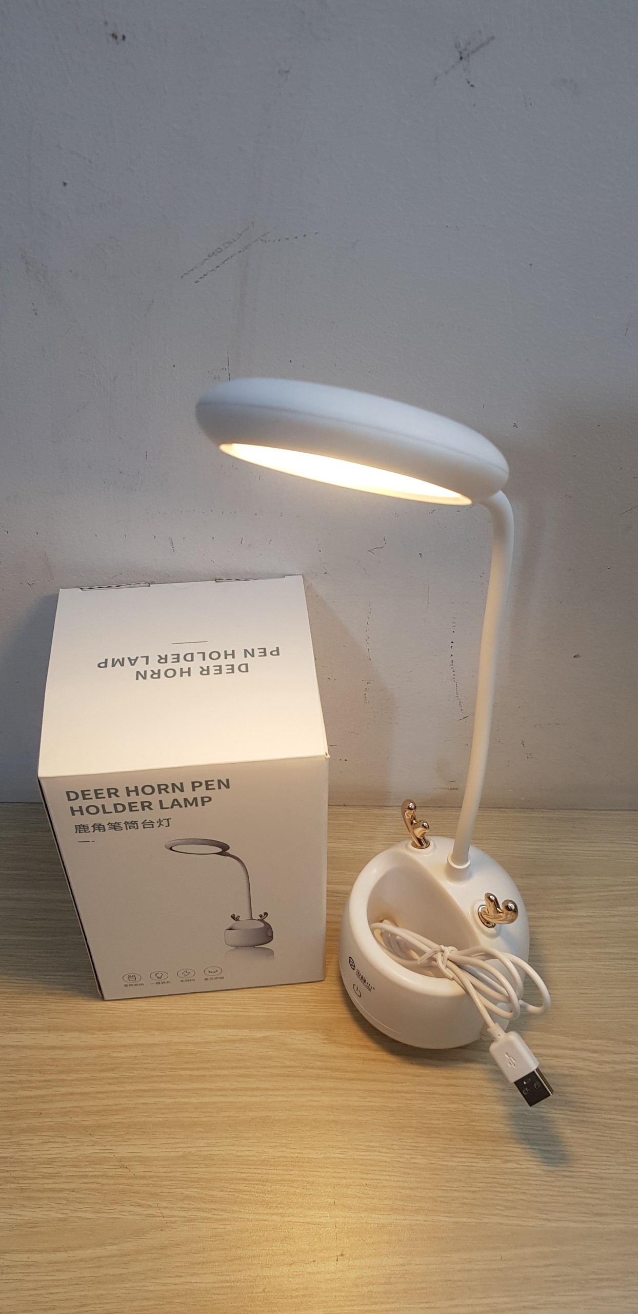 Đèn bàn sừng hưu chống cận USB 5w- công nghệ led tiết kiệm điện JFS002- 3 chế độ ánh sáng- điều chỉnh cảm ứng tiện lợi