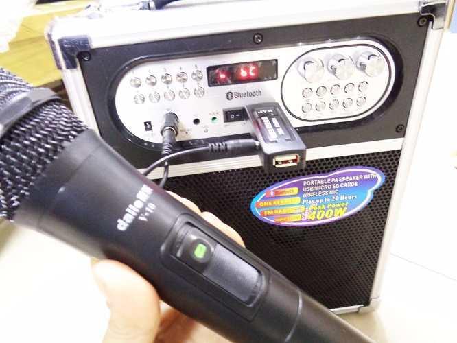 Micro không dây đa năng  V10