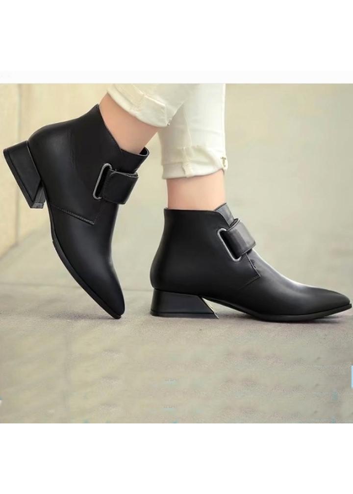 Giày bốt nữ mũi nhọn da trơn đế vuông cao 3cm mã C10
