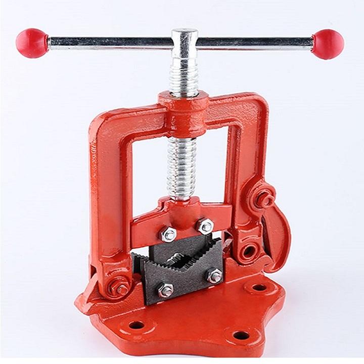 Dụng cụ Ê TÔ KẸP ỐNG hỗ trợ sửa chữa cao cấp ( Dùng trong xưởng luyện kim, cơ khí, máy móc...- Tặng đèn pin mini bóp tay không dùng pin giao màu ngẫu nhiên )