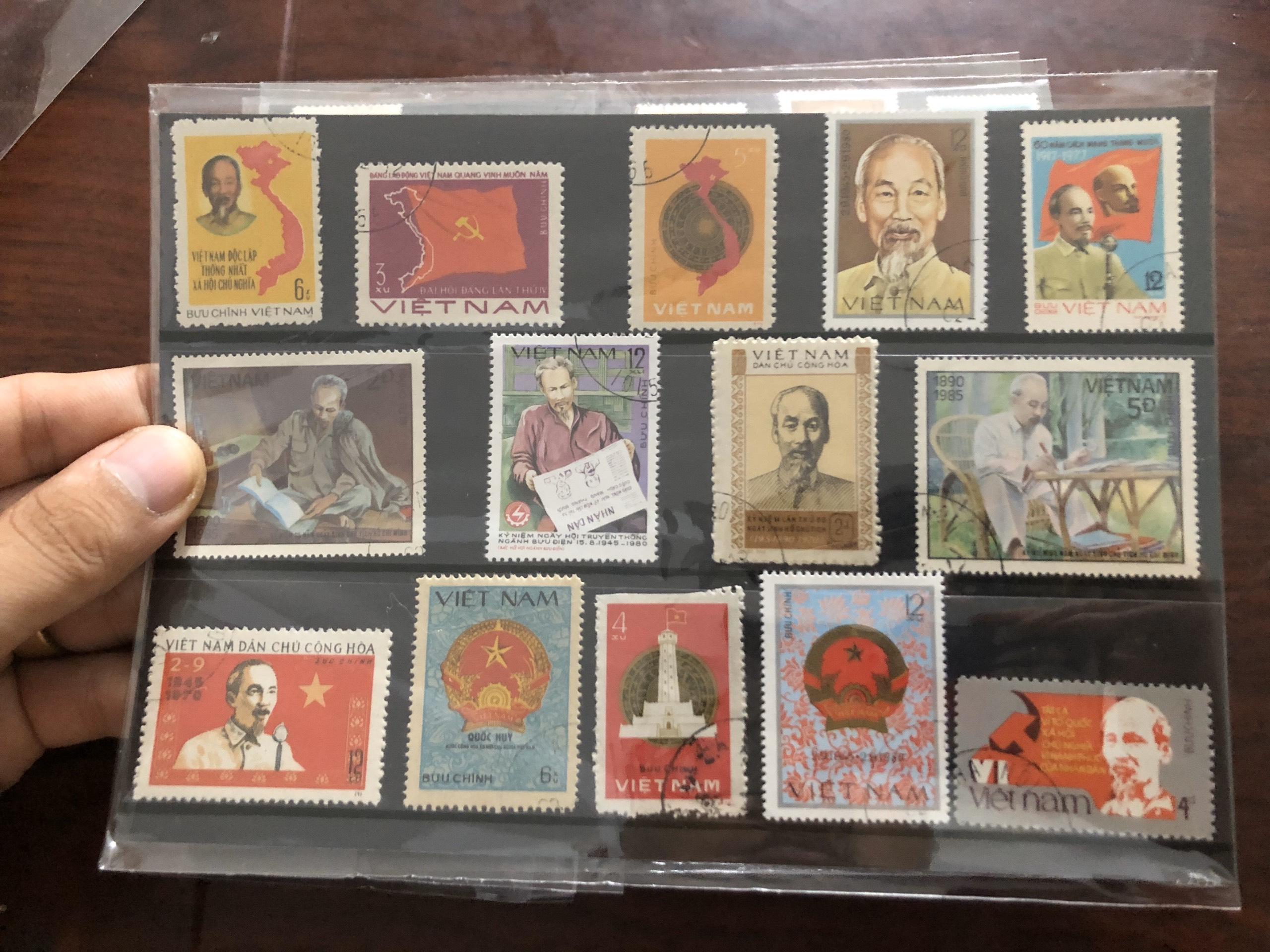 Bìa tem xưa Việt Nam chủ đề Bác Hồ và Việt Nam