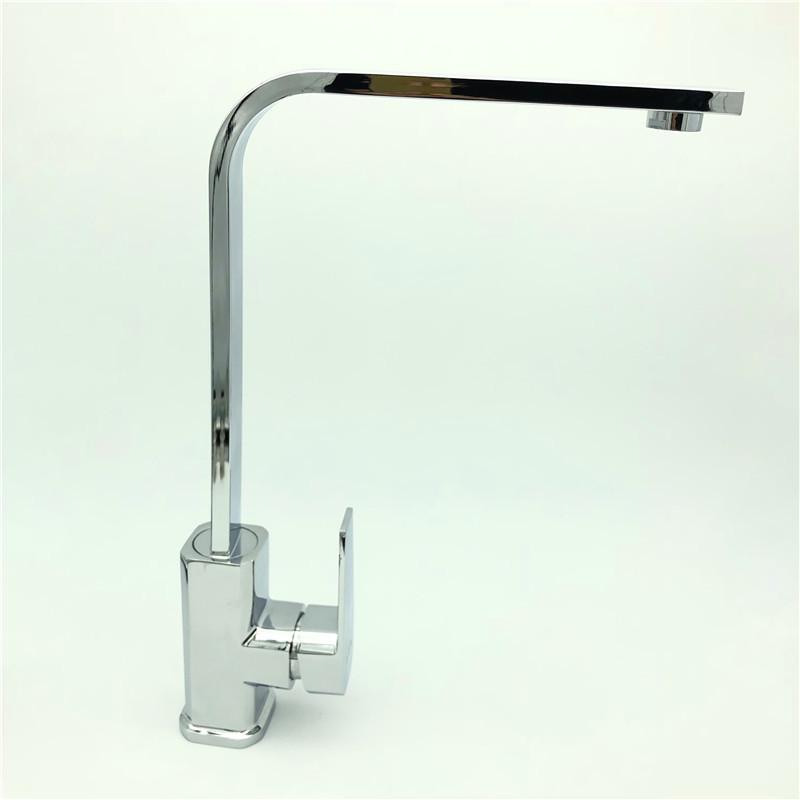 Vòi Nước Rửa Bát Nóng Lạnh Xoay 360 Độ 002