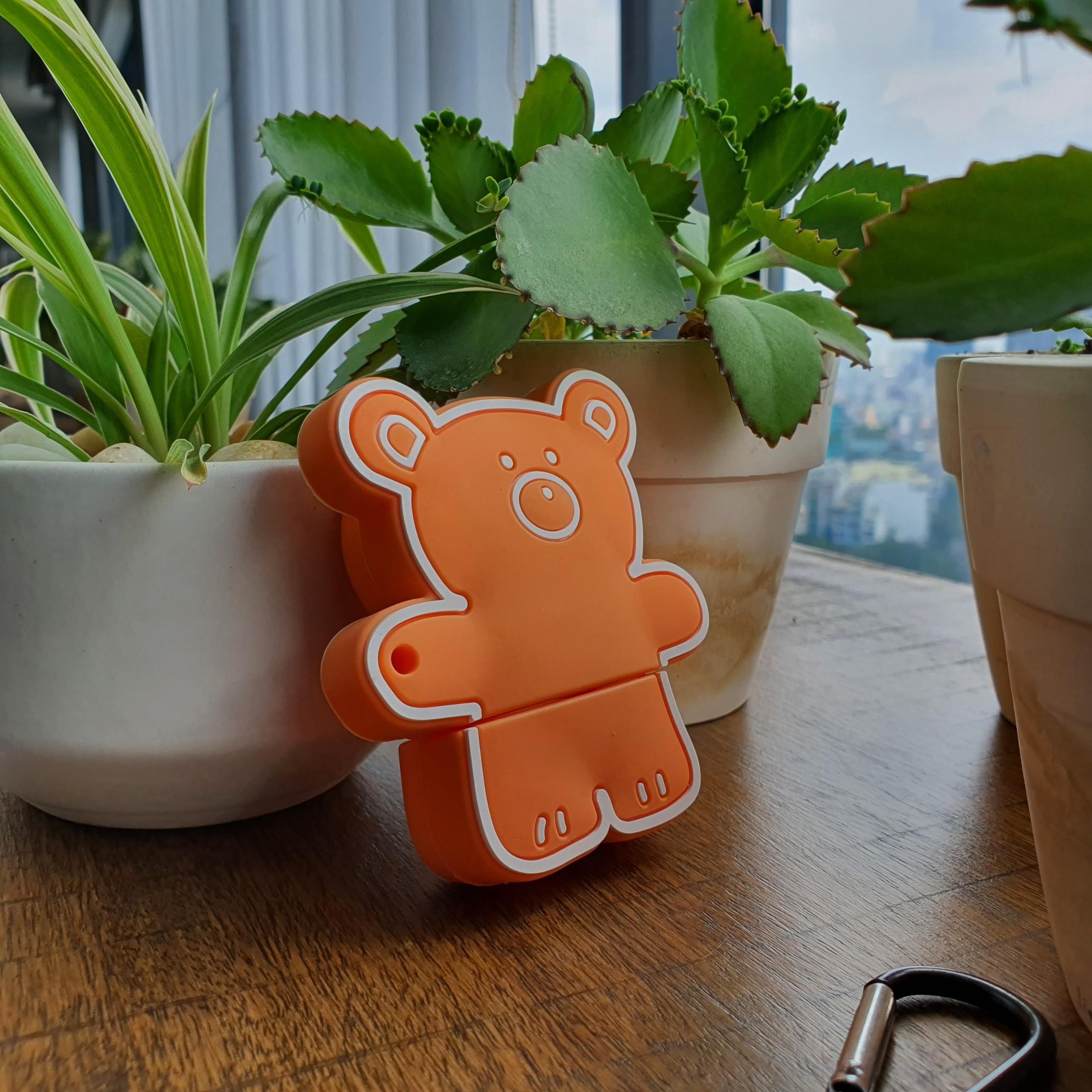 Bao Case Silicon Cho Tai Nghe Apple AirPods 1 / AirPods 2 -  Hình Gấu Màu Cam