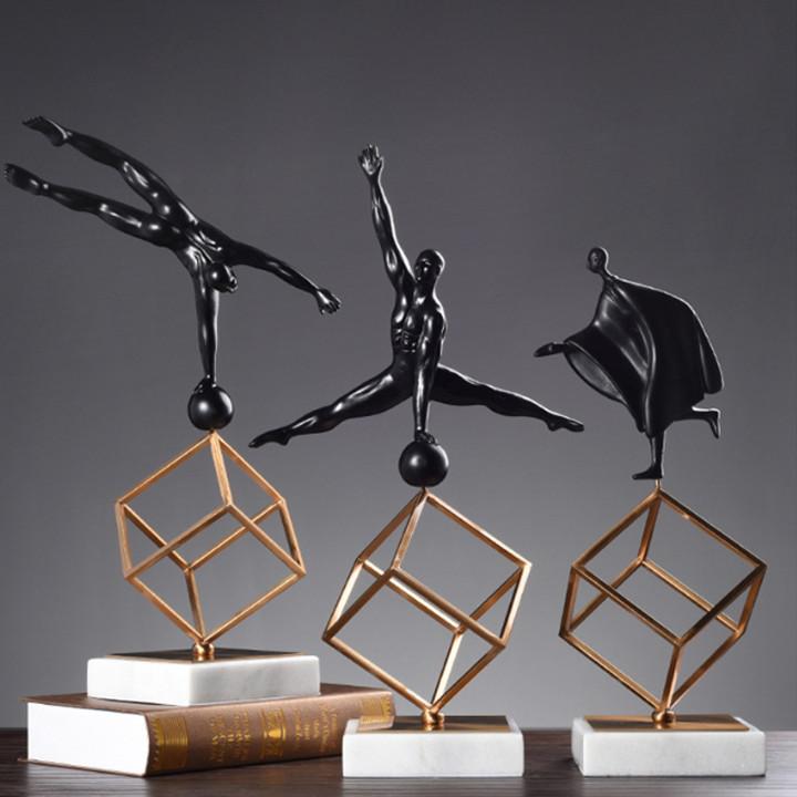 Tượng người nghệ thuật decor trang trí để bàn (Giao mẫu ngẫu nhiên)