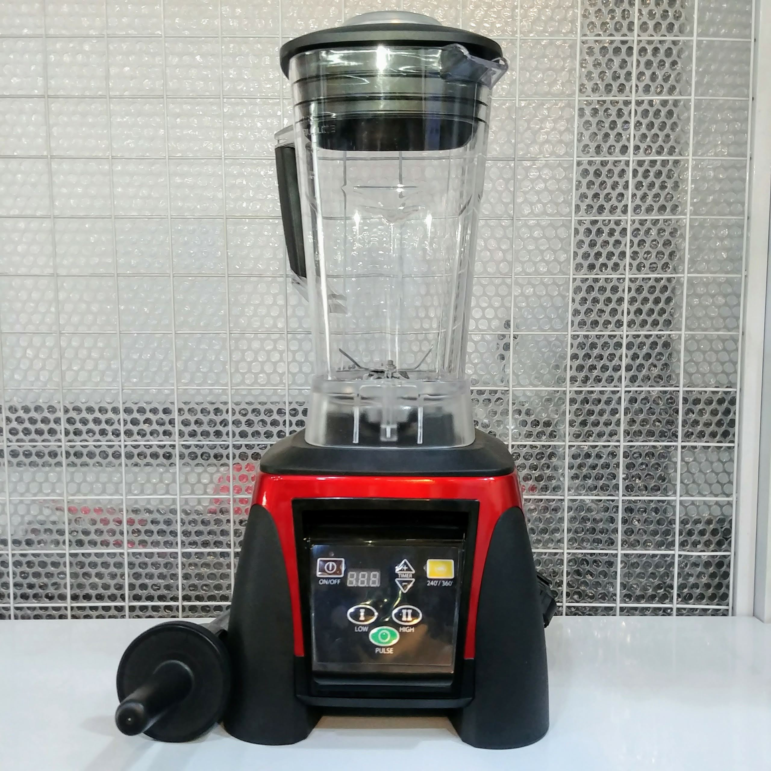 Máy xay sinh tố công nghiệp B1053 công suất 2200W, cối xay 2 lít, màn hình led và hẹn giờ