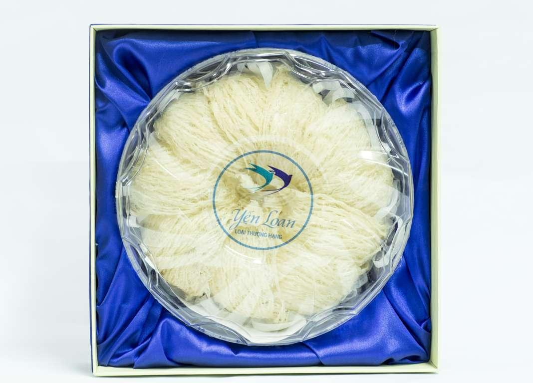 Yến Loan - Yến Sào nguyên tổ rút lông loại Thượng Hạng Thích hợp làm quà biếu chăm sóc sức khỏe, an thai cho mẹ bầu, sau sinh và sắc đẹp Hộp 100 Gram