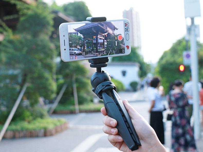 Chân tripod mini Ulanzi MT-03 (FUCA3) nhỏ gọn, dễ mang đi du lịch - Hàng Chính Hãng