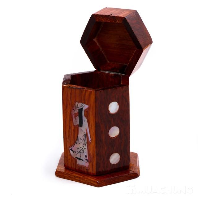 Hộp gỗ hương đựng tăm khảm trai HDT