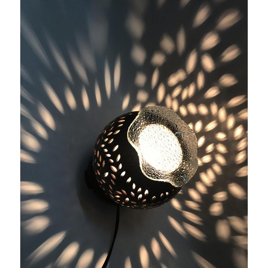 Đèn xông tinh dầu gốm đen