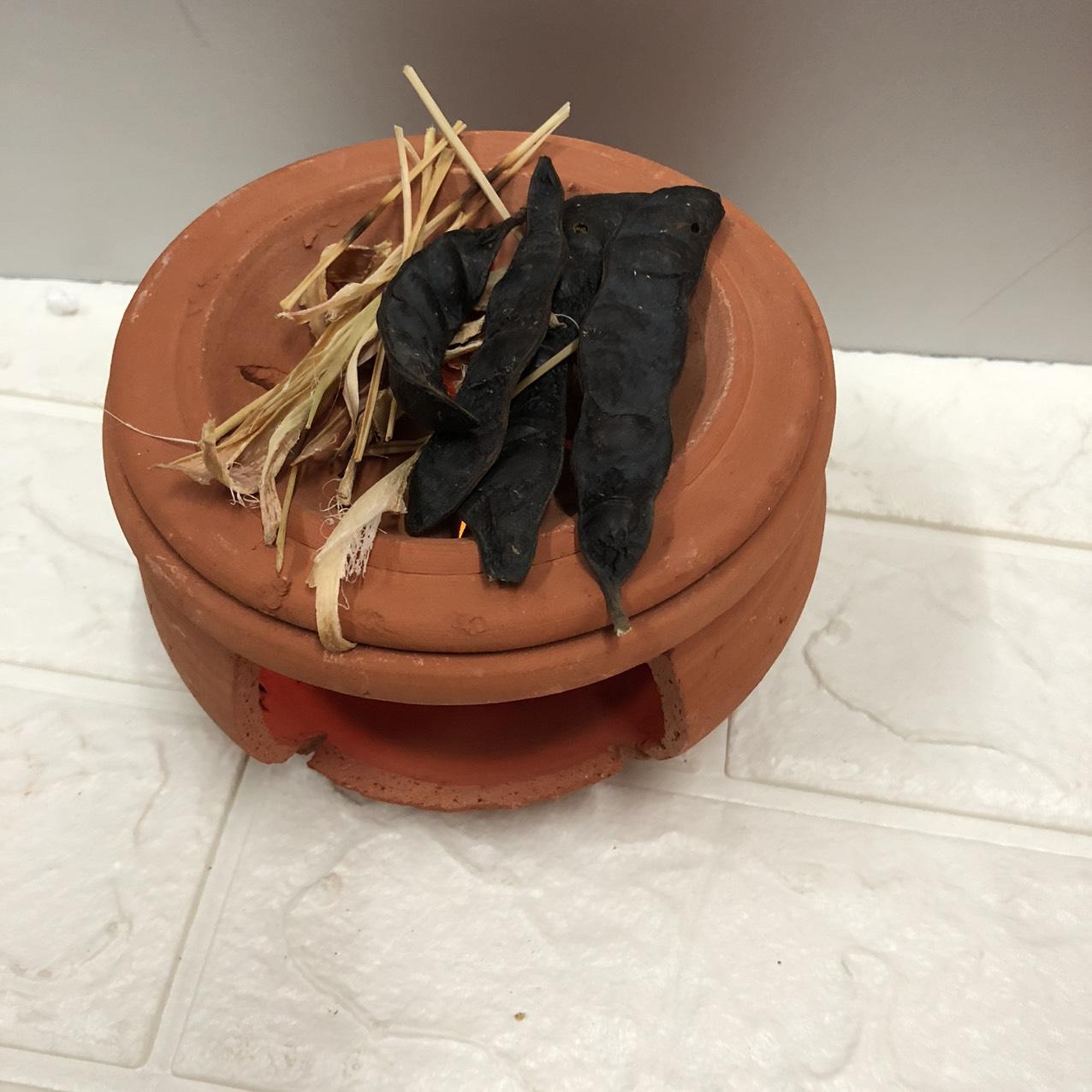 Bếp đất nung xông bồ kết thảo dược,Tẩy uế,xông tinh dầu bằng vỏ chanh ,bưởi,xã vỏ tươi TP1039