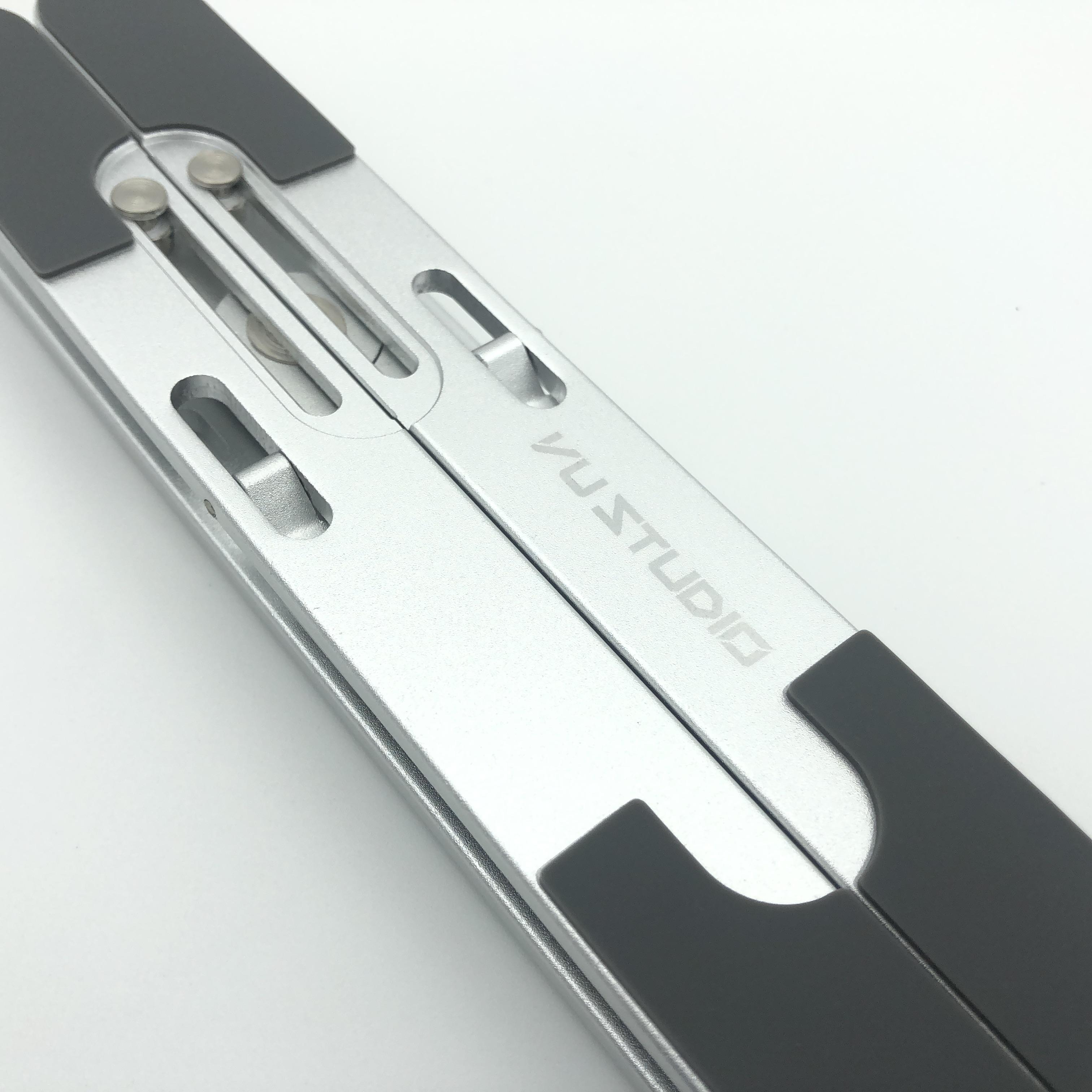 Giá đỡ laptop gấp gọn, chống mỏi vai gáy D103 Vu Studio - Hàng chính hãng