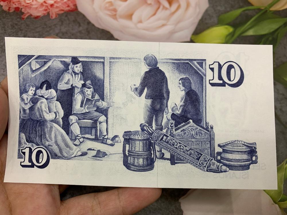 Tiền Iceland 10 Kronur sưu tầm, đảo quốc Bắc Âu, mới 100% UNC, tặng túi nilon bảo quản