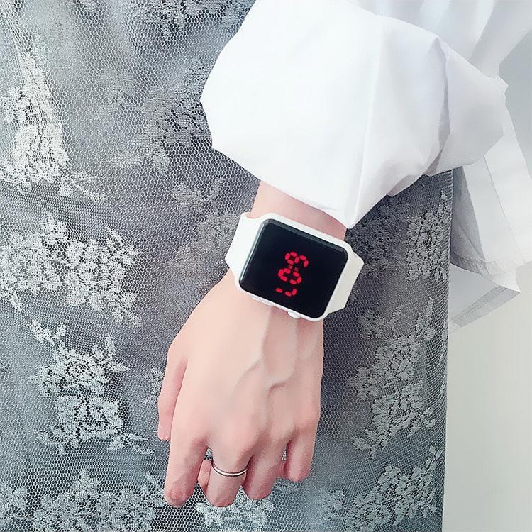 Đồng hồ thời trang nam nữ led phong cách Hàn Quốc năng động trẻ trung cá tính DH71