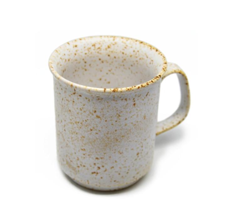 Cốc cafe trắng lấm tấm
