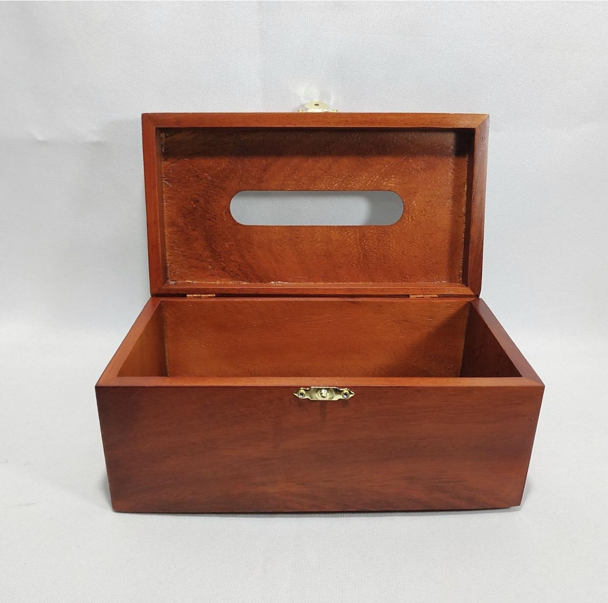 Hộp đựng giấy ăn gỗ hương chạm hoa hồng leo - BH511