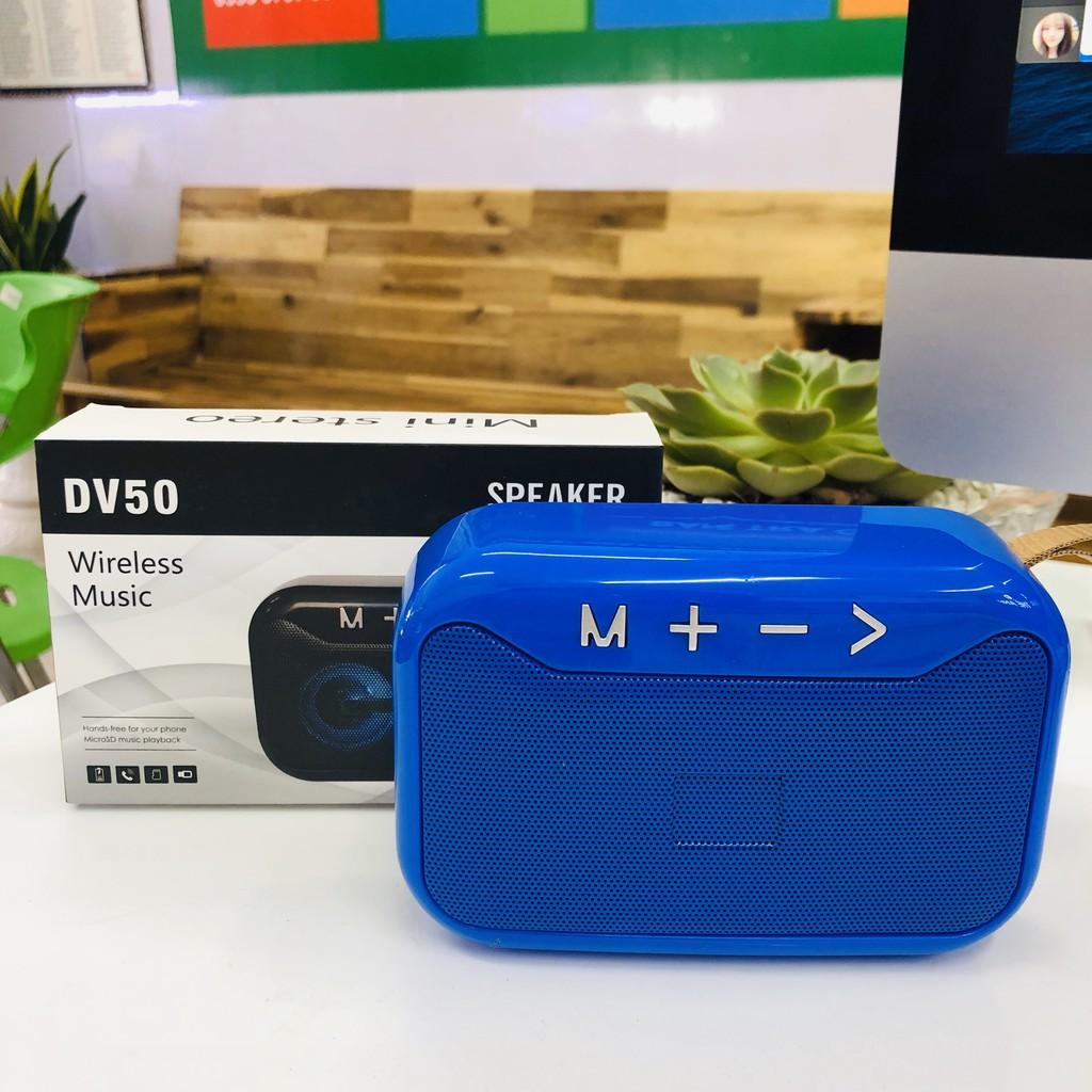 Loa Bluetooth DV50 Mini Siêu Bass Cầm Tay Nhỏ Gọn Có Đèn Led - Giao màu ngẫu nhiên