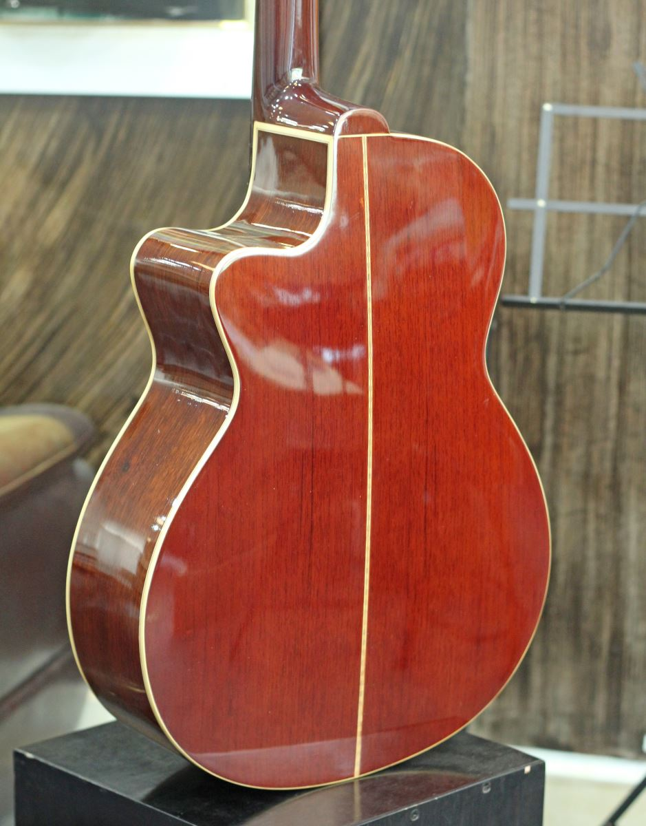 Đàn Guitar Acoustic J150 Handmade (Full Solid)