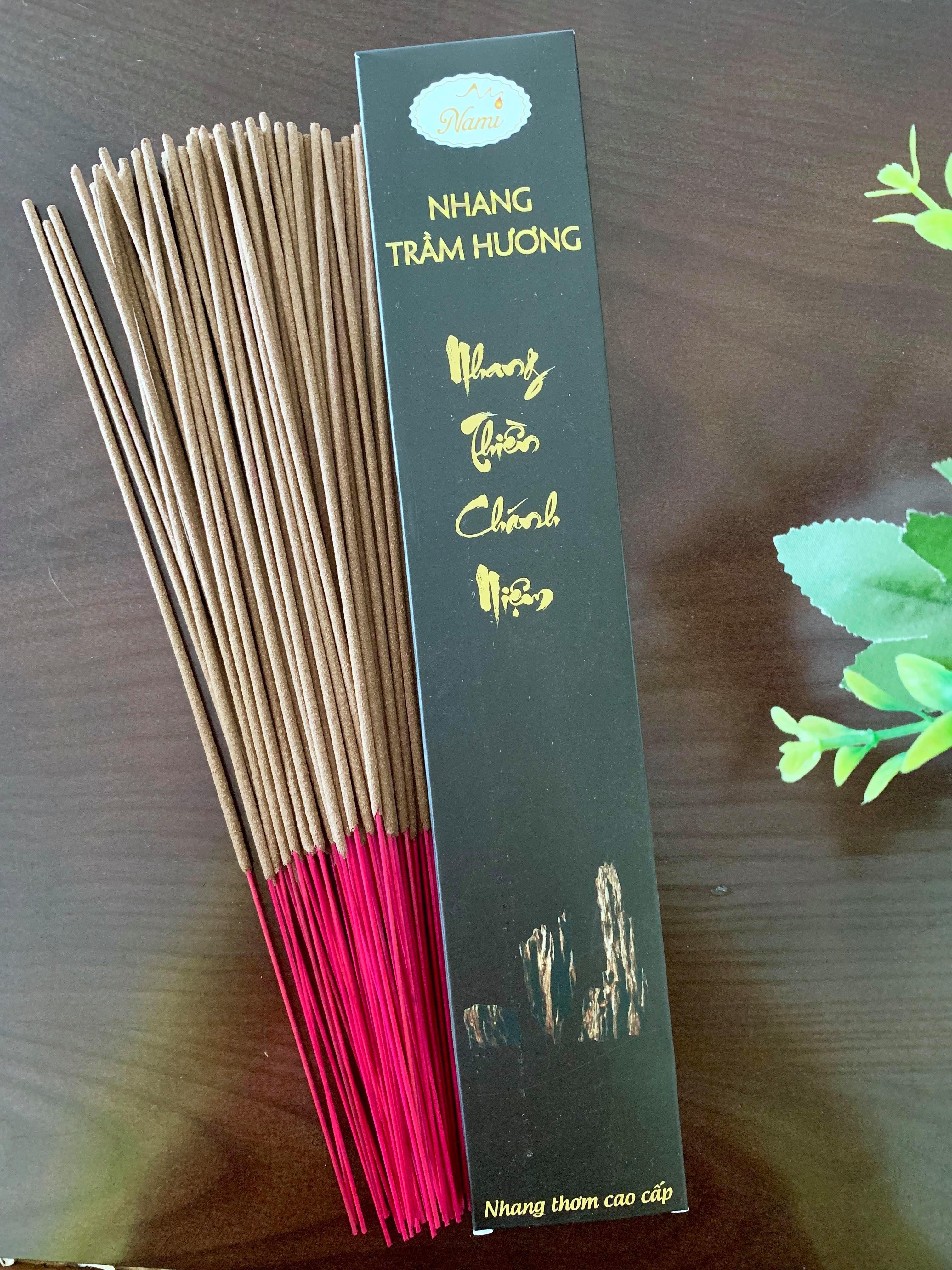 Nhang Chánh Niệm Trầm Hương Việt Nam Hộp 50 cây - 30cm