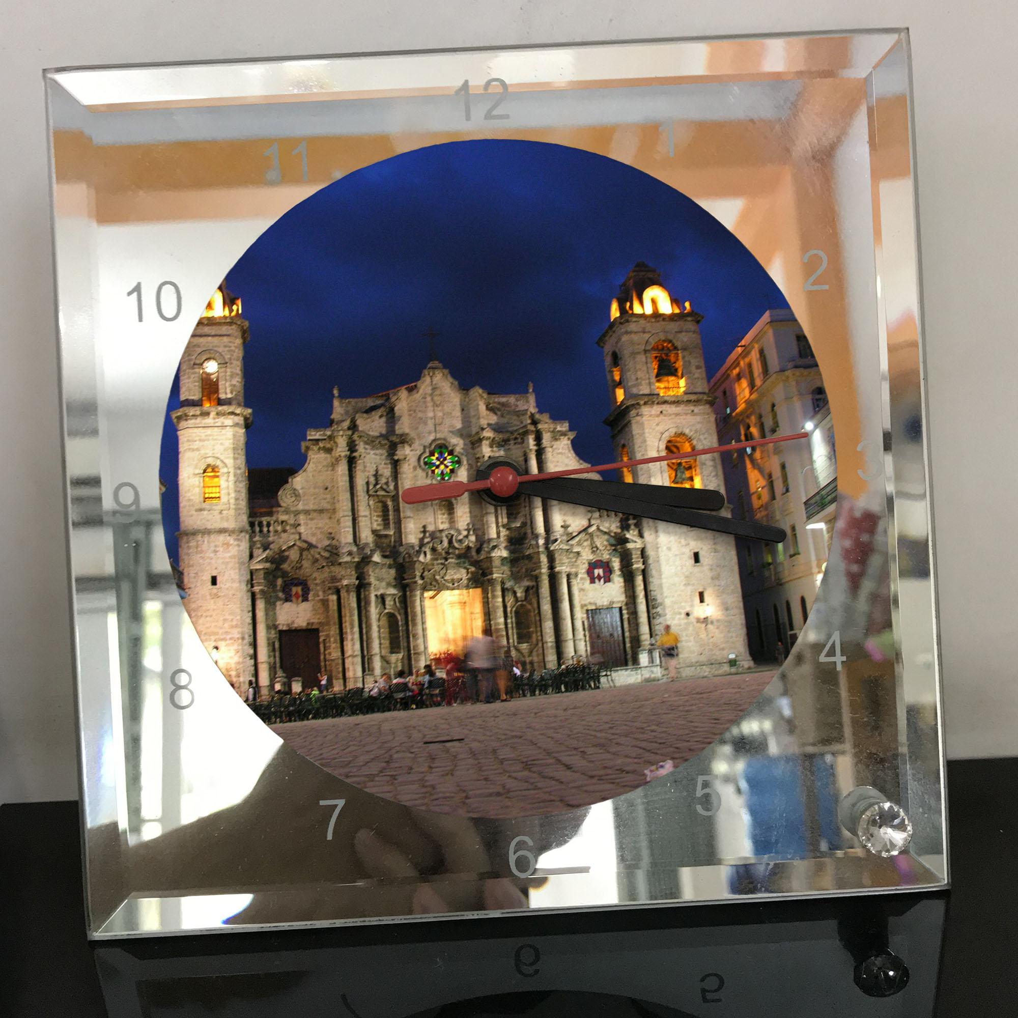 Đồng hồ thủy tinh vuông 20x20 in hình Church - nhà thờ (190) . Đồng hồ thủy tinh để bàn trang trí đẹp chủ đề tôn giáo