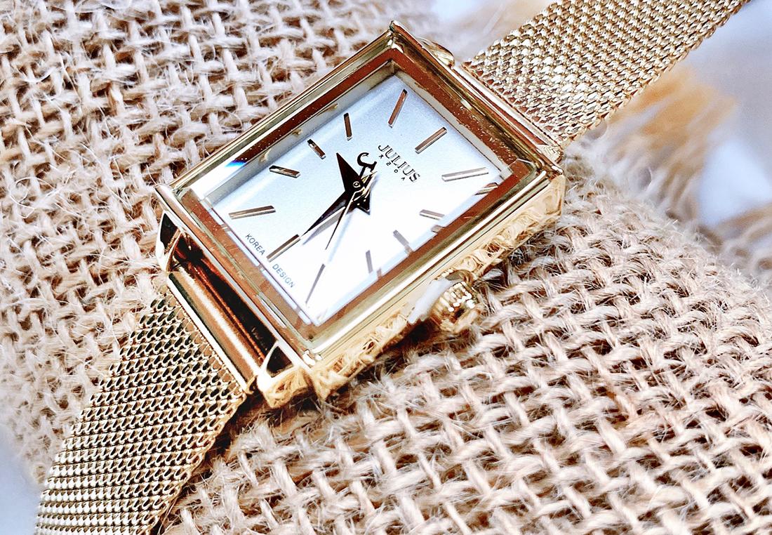Đồng hồ nữ dây kim loại mặt chữ nhật Julius Ja-787 vàng